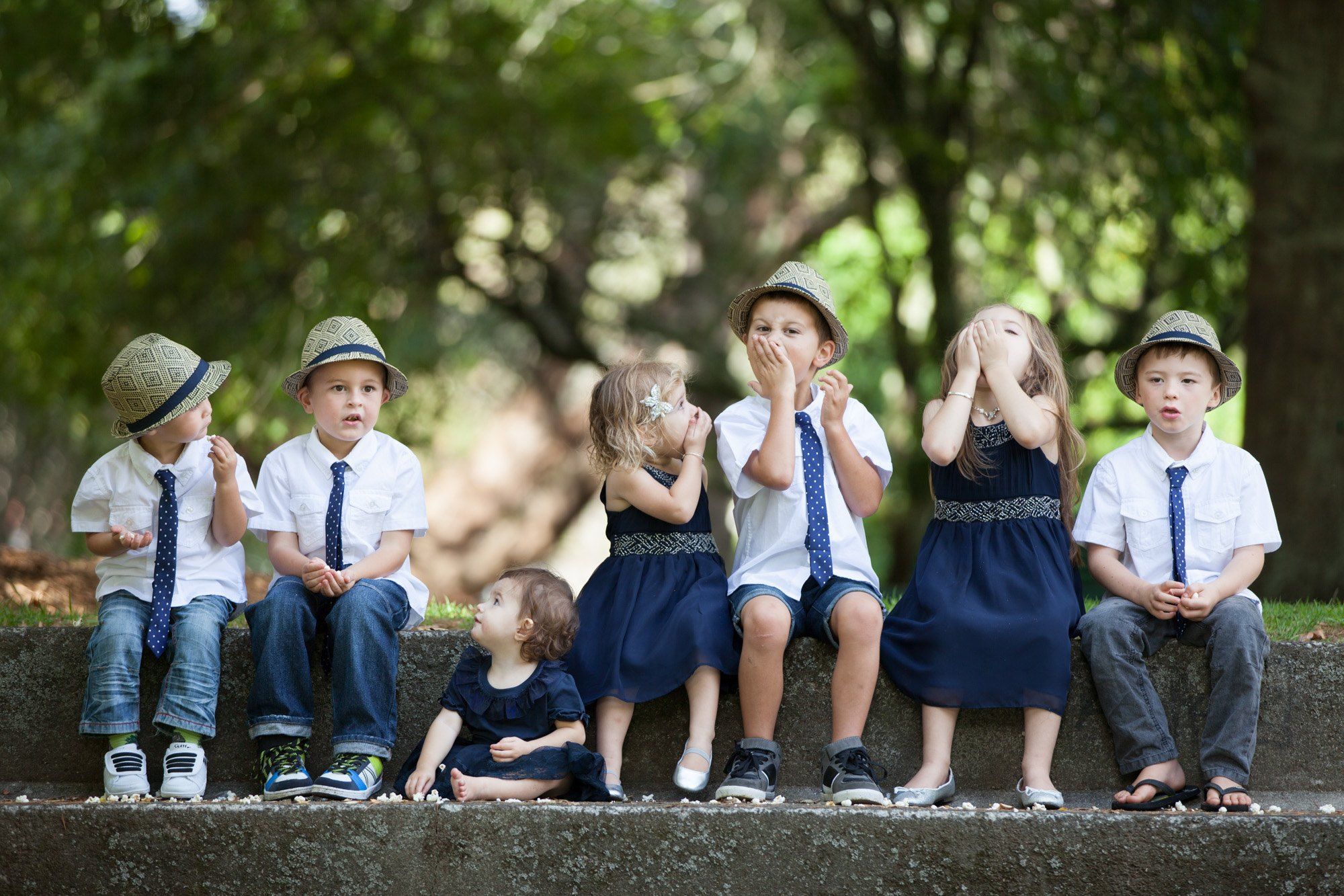 what to dress grandchildren for family photos
