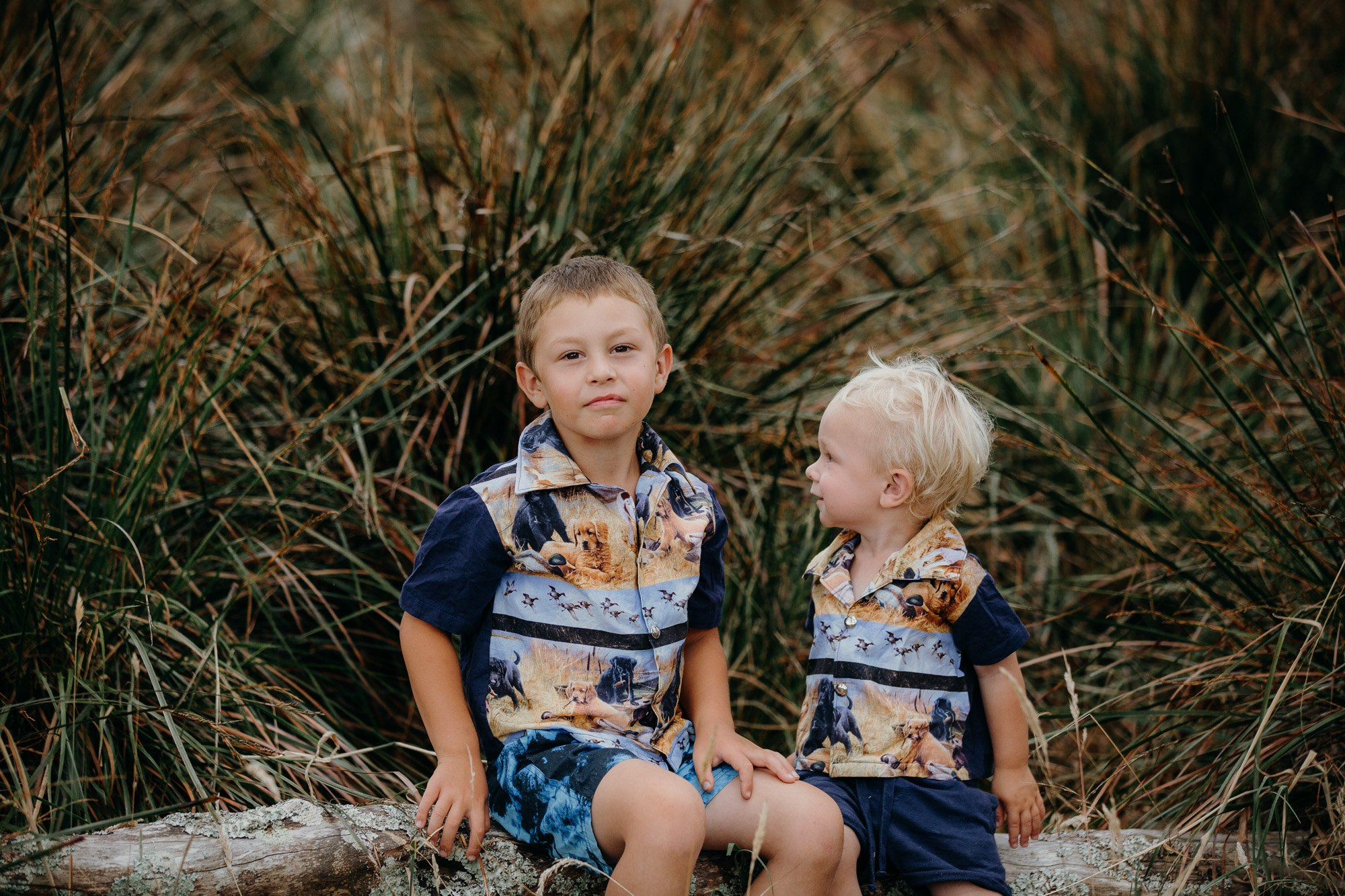 bold patterns for family photos